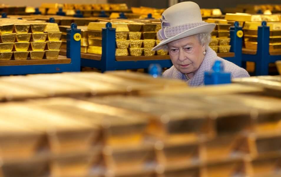 La reine Elizabeth II à la banque d'Angleterre