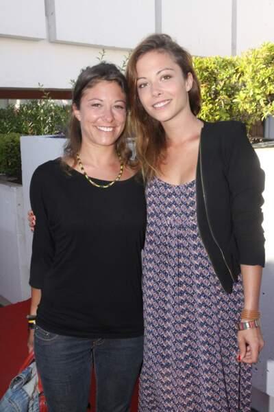 Dounia Coesens et sa soeur Marie