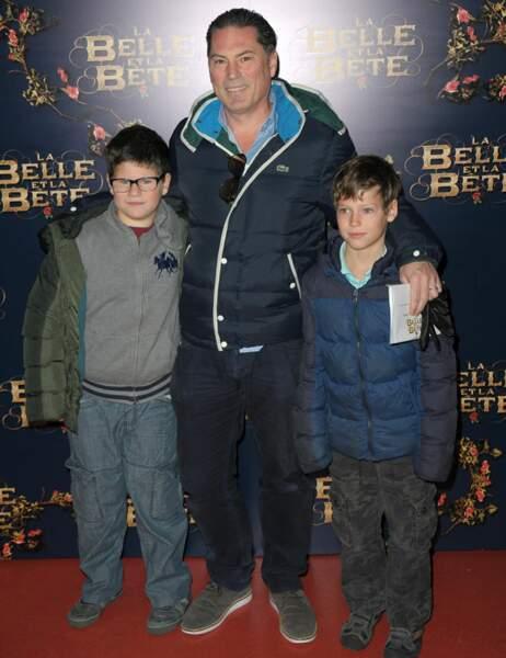 Florent Emilio Siri, réalisateur de Nid de guêpes, et ses enfants