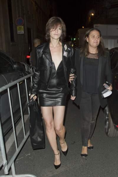 Fashion Week défilé Saint Laurent : Charlotte Gainsbourg avait misé sur un look très sexy