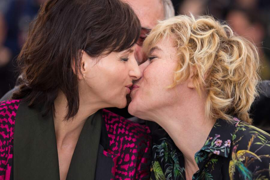 Tout le monde s'est embrassé, sur ce photocall