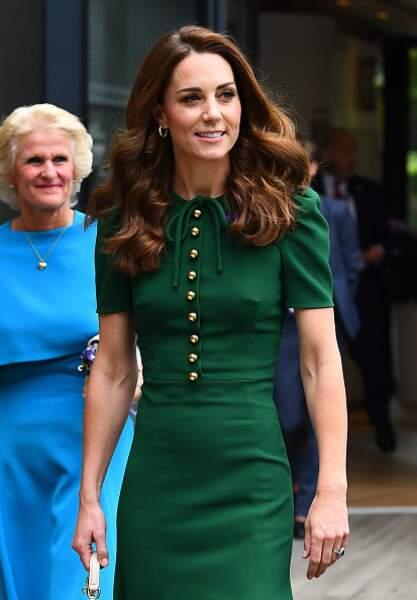 Kate Middleton dans sa robe rétro Dolce & Gabbana