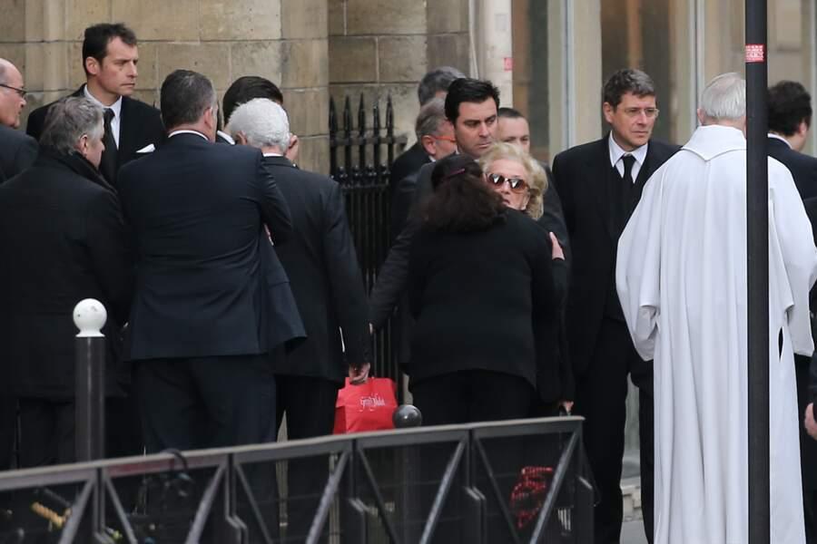 Bernadette Chirac reçoit du réconfort