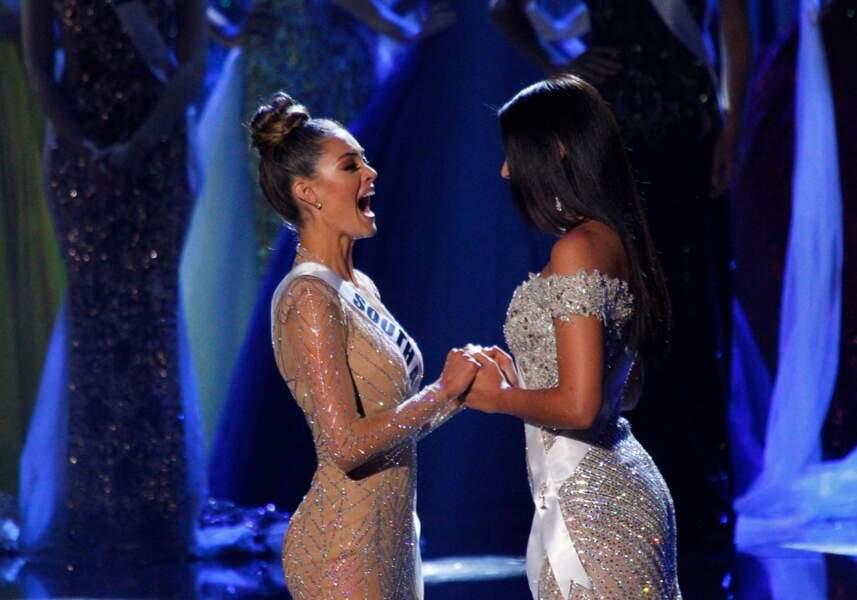 Miss Afrique du Sud face à Miss Colombie
