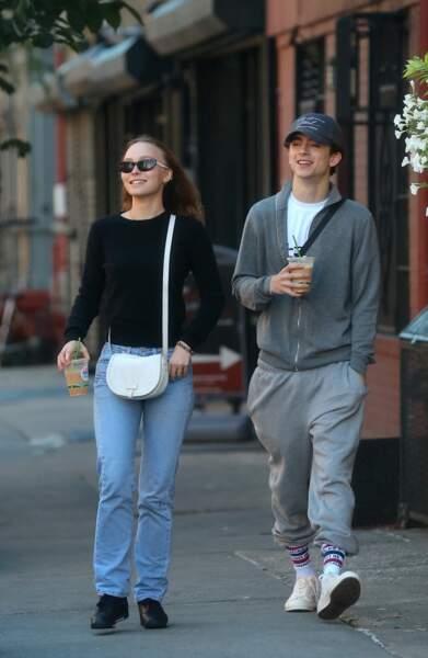 Lily-Rose Depp et Timothée Chalamet amoureux dans les rues de New York