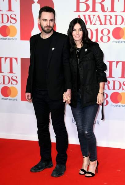 Courteney Cox et Johnny McDaid aux Brit Awards 2018, le 21 février à Londres
