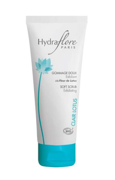 Gommage doux bio Hydraflore Lotus, 22,90 €, Laboratoires Roig.