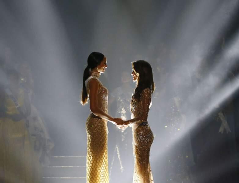 Iris Mittenaere élue Miss Univers : Iris (à droite) et Raquel Pelissier, Miss Haïti