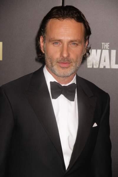 Il a joué dans L'Arnacoeur, Comme t'y es belle (avec Michèle Laroque) et Walking Dead
