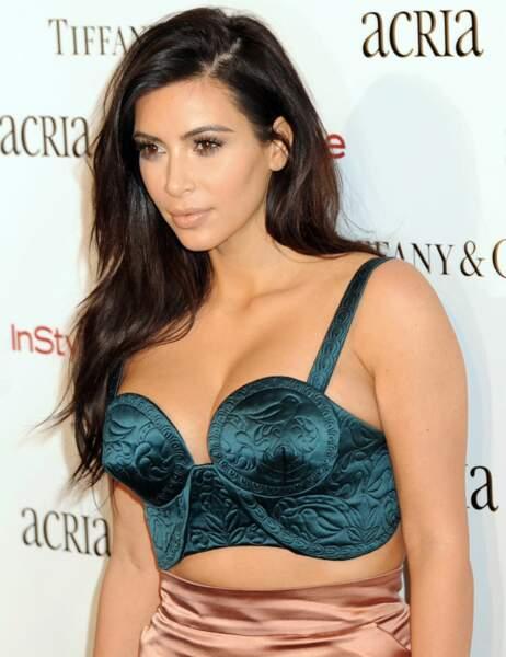 Kim Kardashian a tout misé sur son joli décolleté
