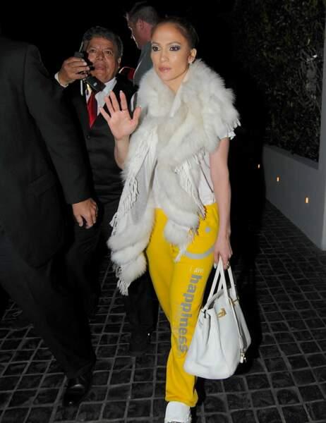 Jennifer Lopez fait honneur à la couleur...