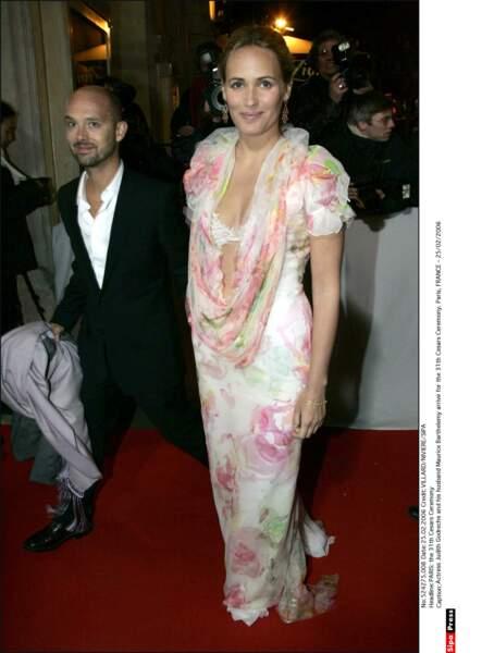 La robe de Judith Godrèche en 2006 est : [ complétez par le commentaire de votre choix ]