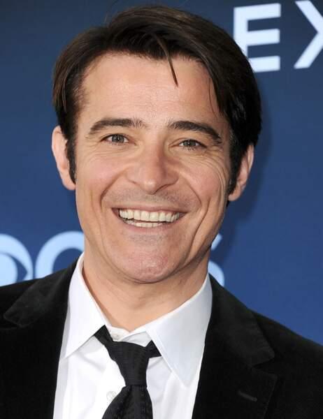 Depuis Urgences, il a enchaîné les rôles sur petit écran avant de rejoindre la série Extant