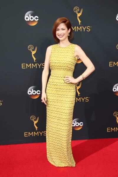 Emmy Awards 2016 : Ellie Kemper (Unbreakable Kimmy Schmidt) en Jenny Packham