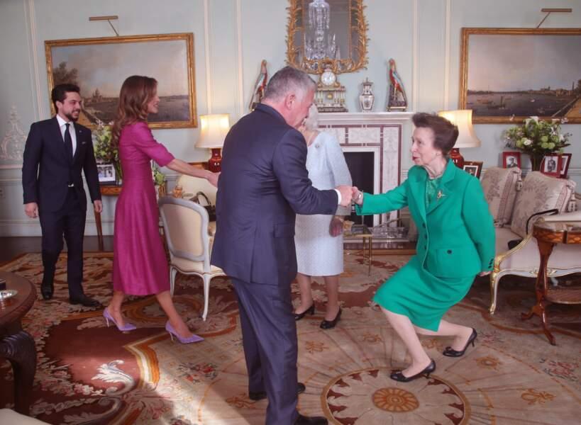 La reine Elizabeth II recevait le roi Abdallah et la reine Rania de Jordanie