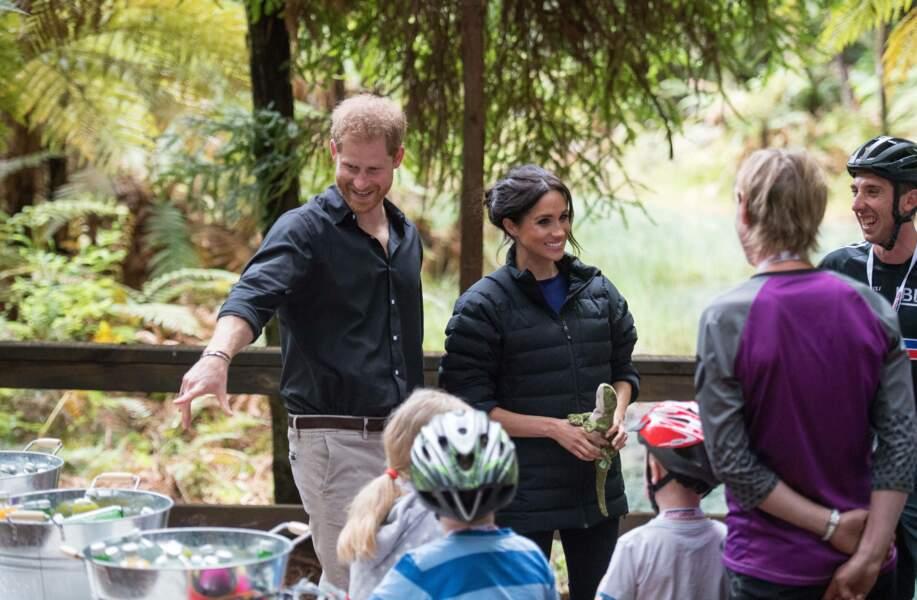 Meghan Markle et le prince Harry à la rencontre de fans