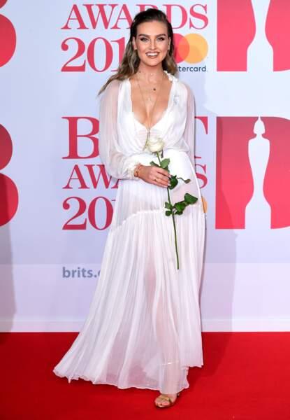 Perrie Edwards aux Brit Awards 2018, le 21 février à Londres
