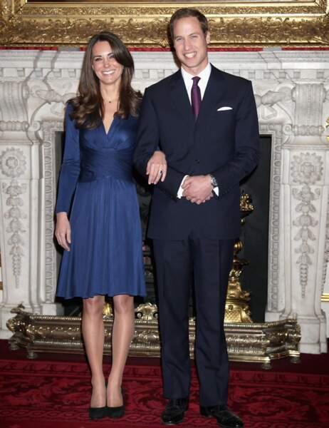 Le 16 novembre 2010, le prince William et Kate Middleton annoncent leurs fiançailles