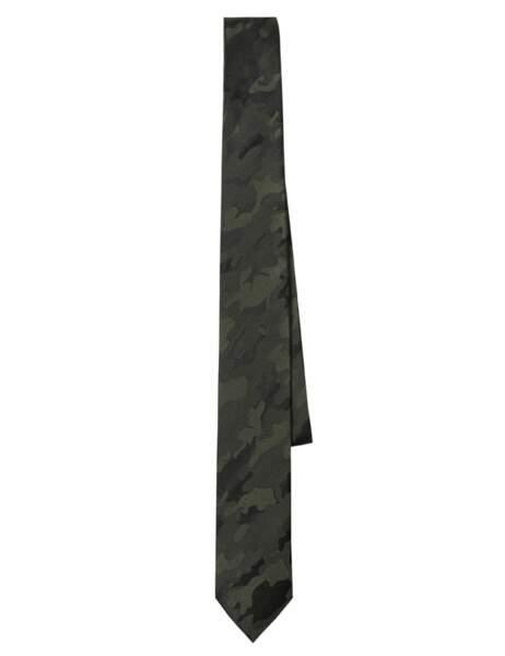 La cravate camouflage Cravate, 22,99€ (Devred)