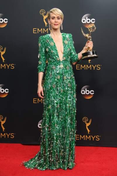 Emmy Awards 2016 : Sarah Paulson en Prada