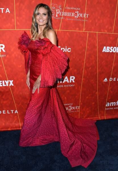 Don't Heidi Klum et son look de fleur fanée