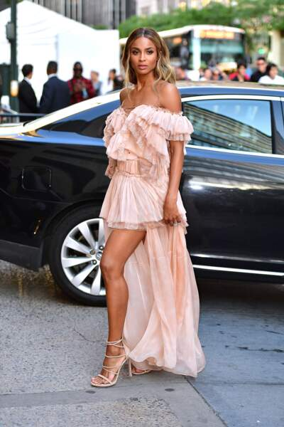 CFDA Fashion Awards : la chanteuse Ciara éblouissante