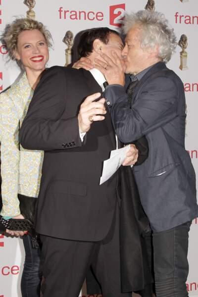Le baiser entre Francis Huster et Jean-Luc Moreau