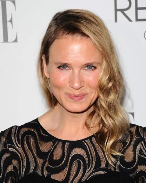 Ces stars qui ont VRAIMENT abusé de la chirurgie esthétique : Renee Zellweger après