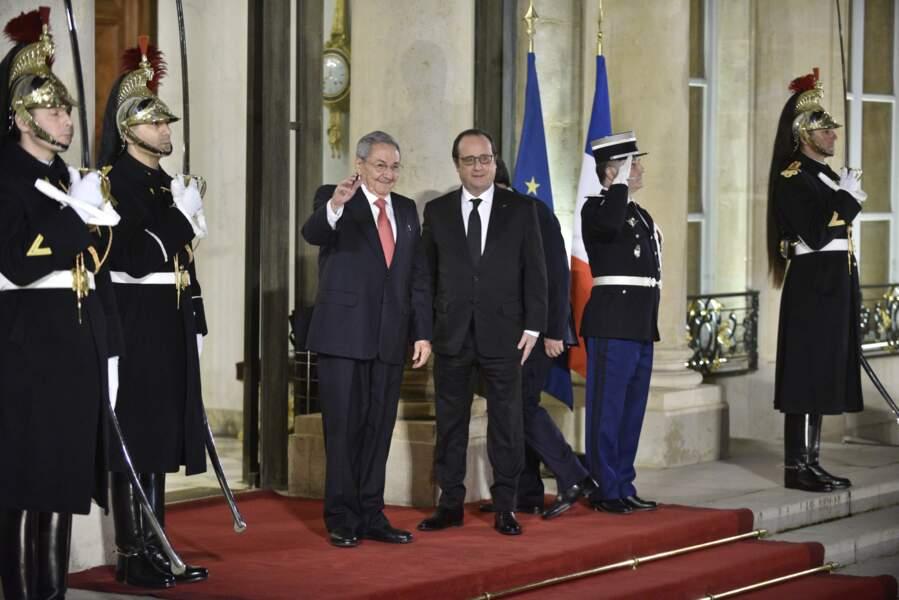 Autour de François Hollande et Raul Castro, il y avait aussi :