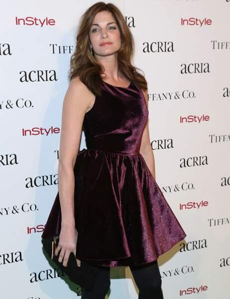 Stephanie Seymour brille de mille feux dans sa robe prune pailletée