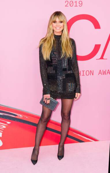 Do Heidi Klum dans sa robe paillette très glamour
