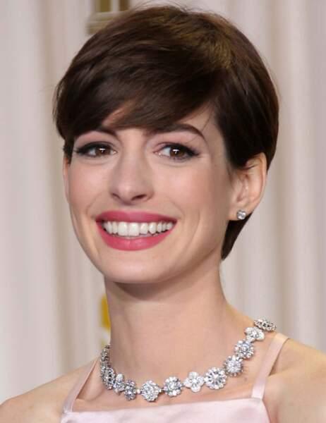 Anne Hathaway lors de la cérémonie des Oscars