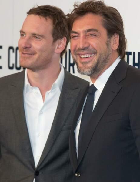 Ah, Michael Fassbender vient de raconter une blague à Javier !