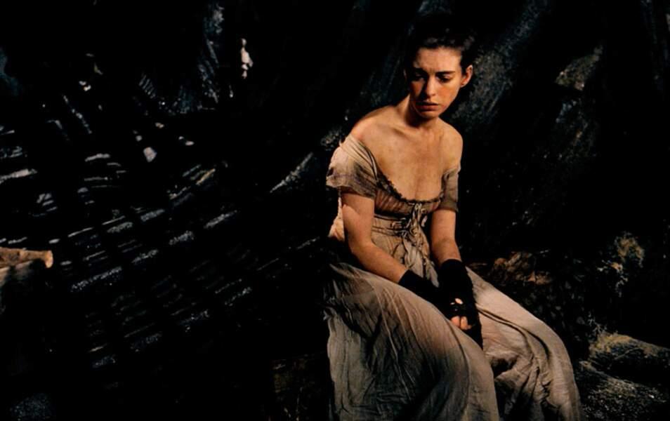 Anne Hathaway mincissime pour jouer Fantine dans Les Misérables