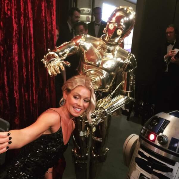 Hypnotisée par Leonardo DiCaprio, Kelly Ripa fait n'importe quoi