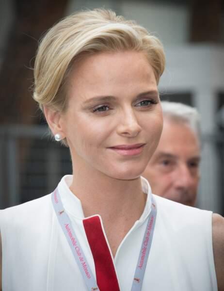 Charlène, ambassadrice de charme de l'Automobile Club de Monaco !