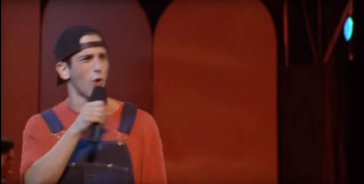 Frankie de Sister Act 2 était joué par Devin Kamin