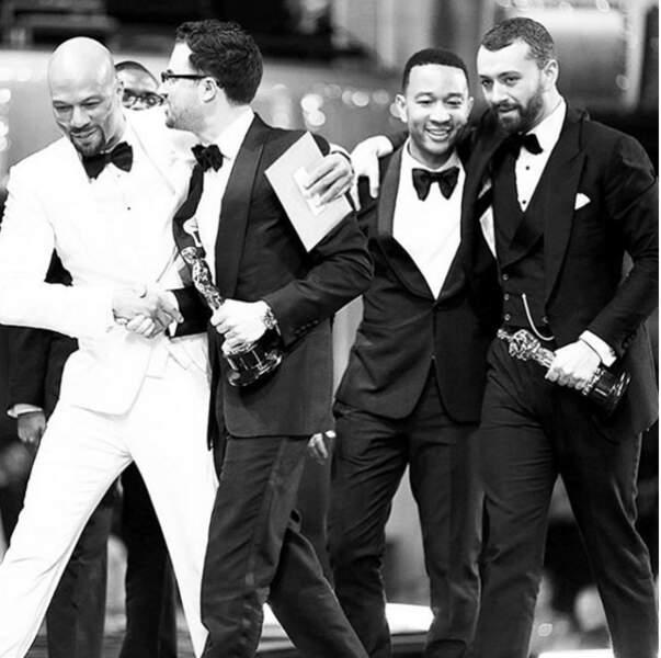 Sam Smith tente de narguer John Legend avec son Oscar