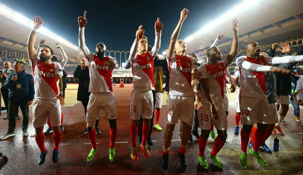 AS Monaco vs Manchester City : Ça vaut bien une haie d'honneur des joueurs !