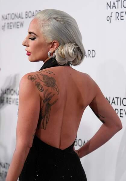 Les plus beaux tatouages sur le dos : Lady Gaga