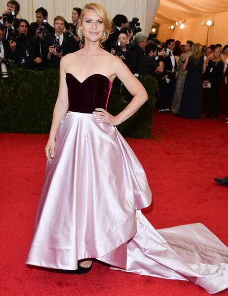L'actrice Claire Danes en robe à traîne