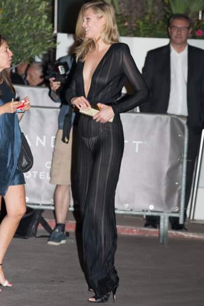 Festival de Cannes, les accidents de tenue les plus sexy - Toni Garrn est de retour avec une combi transparente