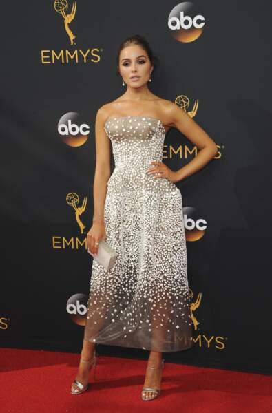 Emmy Awards 2016 : Olivia Culpo (Miss Univers 2012 et ex de Nick Jonas) en Zac Posen