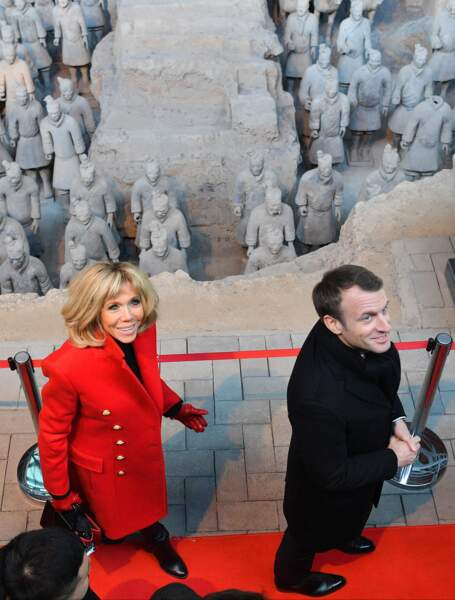 Emmanuel Macron et Brigitte Macron au mausolée de l'empereur Qin