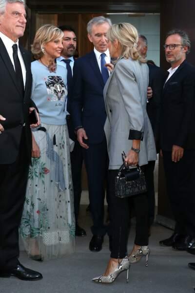 Exposition Christian Dior au Musée des Arts décoratifs à Paris : Hélène et Bernard Arnault et Brigitte Macron