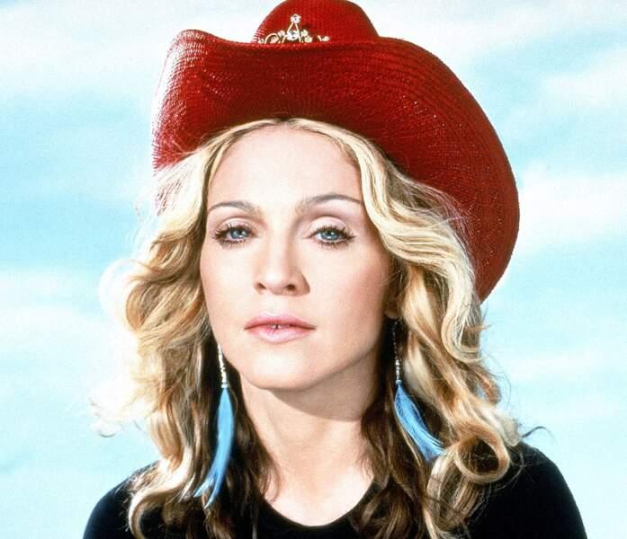 Ces stars qui ont VRAIMENT abusé de la chirurgie esthétique : Madonna avant