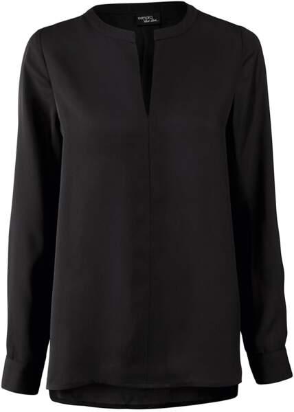 Blouse noire en polyester, 9,99 €, Lidl Esmara by Heidi Klum