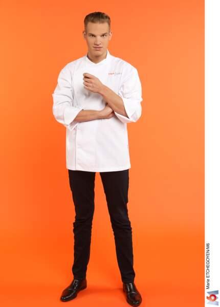 Maximilien Dienst, 23 ans, Marlone (Belgique) / Chef de cuisine Les Pieds dans le plat