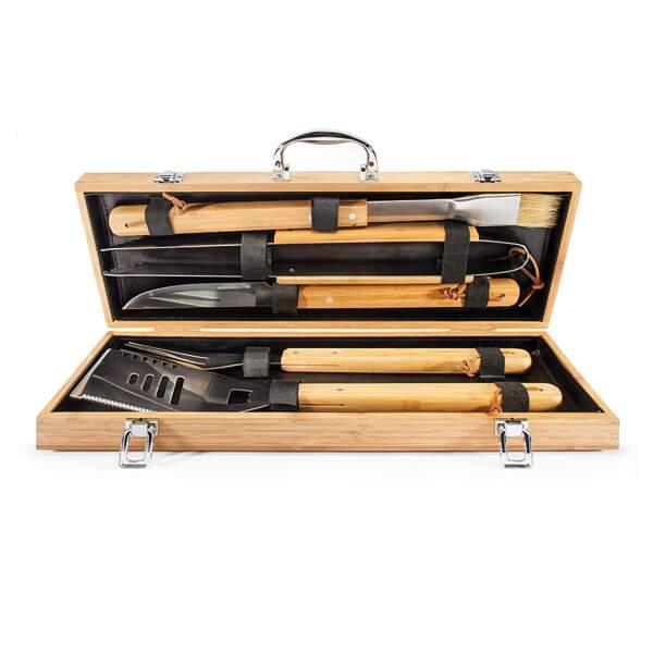 5 ustensiles de barbecue en acier inoxydable et manche en bois. 46 €, Natures et Découvertes