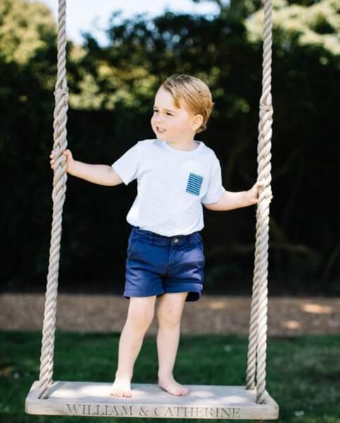 Anniversaire du Prince George - Pour l'occasion ses parents ont édité de nouvelles photos de leur fils